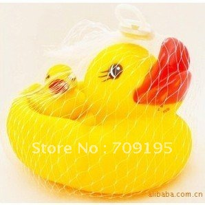 30sets/lot EMS DHL Free shipping Wholesale Rubber ducks PVC duck Bath Toys Gifts 2pcs/Set Hot sale Funny,safe Fast delivery(China (Mainland))