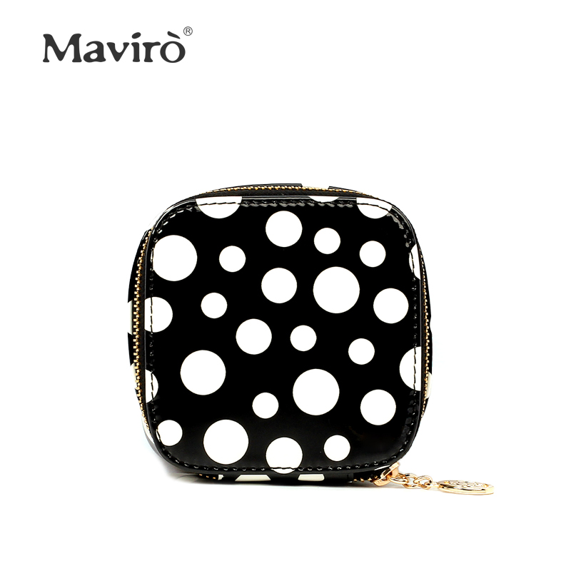 Sweet gentlewomen 2013 japanned leather polka dot coin purse bag first layer of cowhide wallet women small handbag day clutch<br><br>Aliexpress