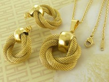 2014 New Hot Wholesale Fashion Stainless Steel Gold Plated Jewelry Sets Pendants And Earrings For Women Supernove Sales SF94105(China (Mainland))