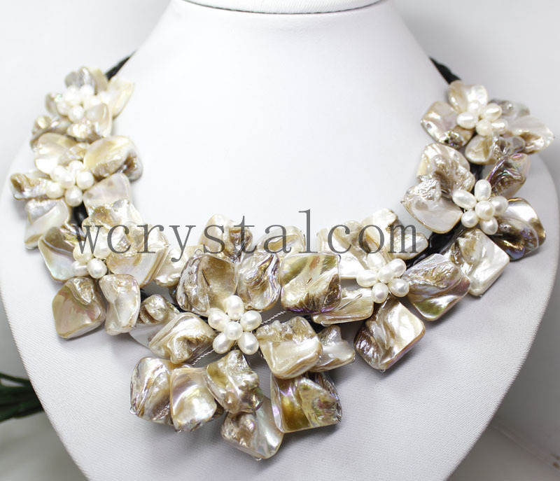 Nice Baroque White Pearl Seven MOP Shell Flower Bib Necklace(China (Mainland))