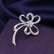 Baiduqiandu Perla e Cristallo Booches Spille Charming Dell'arco Del Fiore di Farfalla Donne di Chitarra Bouquet Da Sposa Abbigliamento Accessori Del Vestito(China)