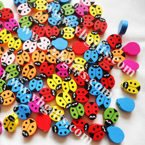 500Gram/700PCS/LOT.Wood ladybug beads,Lacing bead.Easter decoration.Craft material.Handmade bracelet,1.5x2cm.Freeshipping.(China (Mainland))