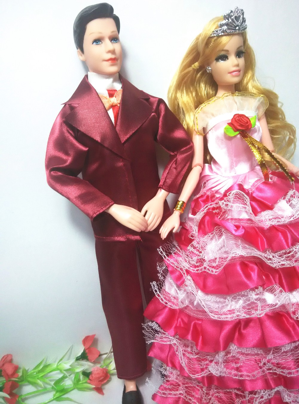 New vogue Women and men  toy dolls for barbie doll toys humorous doll equipment set diy costume up for ladies christmas reward
