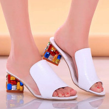 Hot Sale Brand Sexy Summer Colorful Rhinestone Thick Heel Girl Slippers Pu Square Heel Women Sandals Big Size Office Lady Slides