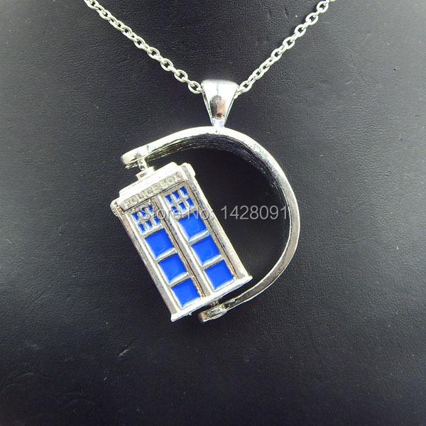 Здесь можно купить  Wholesale -New Arrival Movie Jewelry Doctor Who Necklace Ancient Silver TARDIS Necklace With Chain 12pcs/lot Free Shipping  Ювелирные изделия и часы