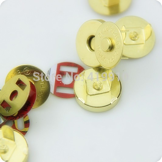 Free shipping -20 Sets Gold Buttons Magnetic Purse Snap Clasps/ Closure for Purse Handbag 14mm D2750(China (Mainland))