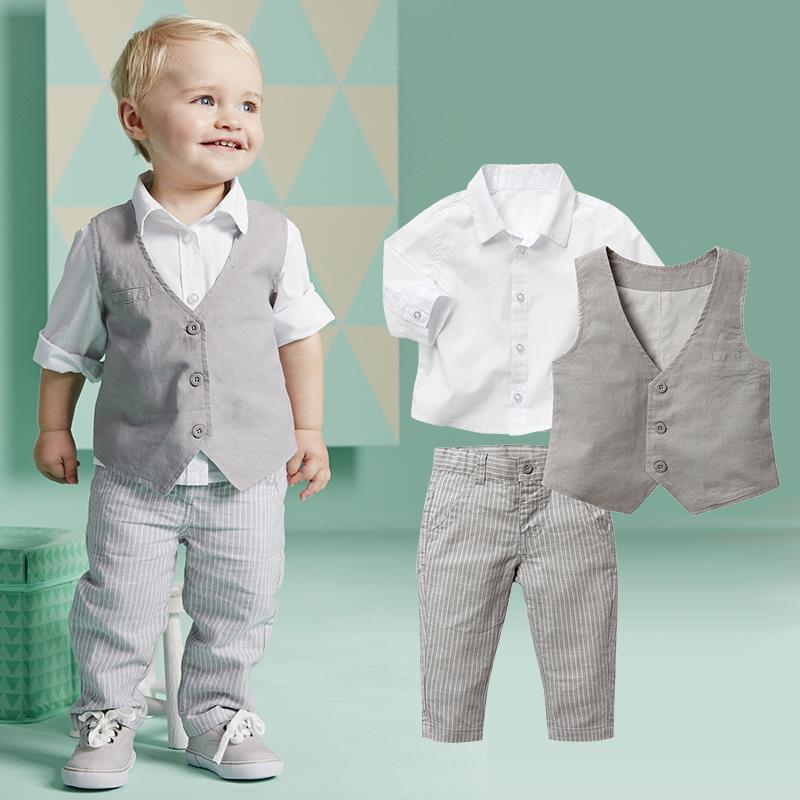 Boys' clothing sets make it easier than ever to choose an outfit for your little guy, and can save time getting ready. With a selection of convenient search options and filters, we can help make shopping for the right boys' clothing sets a breeze.