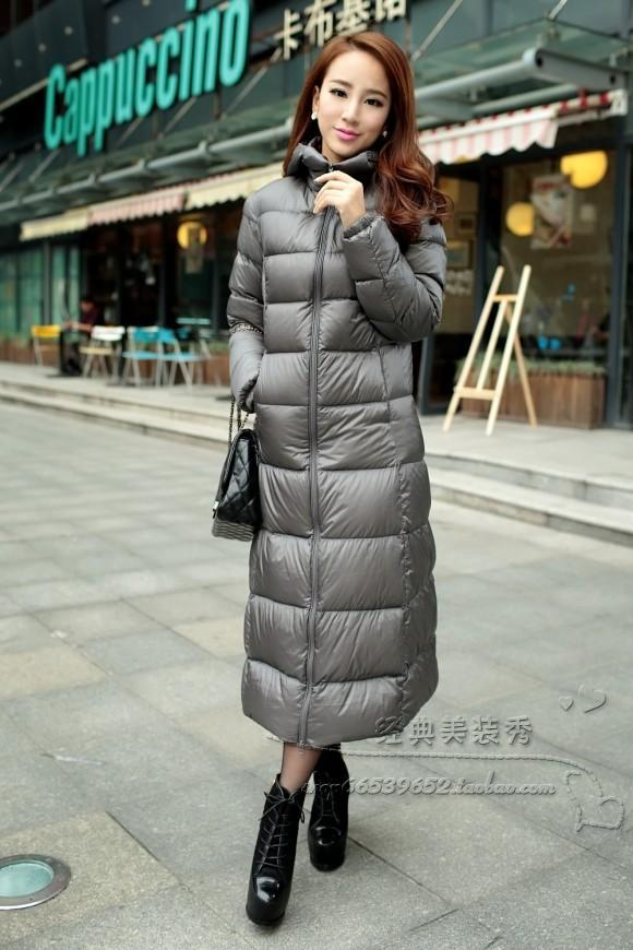 2013 soft fabric classic hot selling lengthen thickening high quality down coat with a hood ultra