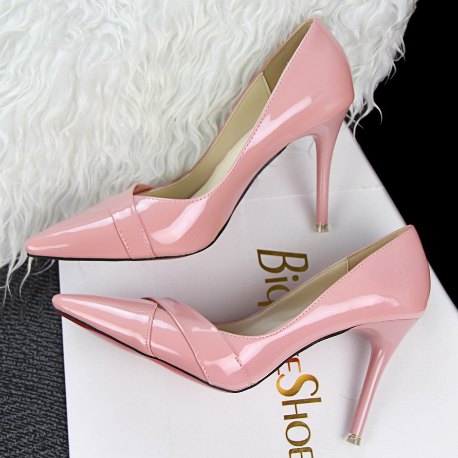 2015 autumn new one strap shoes women patent leather Vegan pumps red bottom pointed toe Jitterbug high heels 9cm Pink Stilettos(China (Mainland))