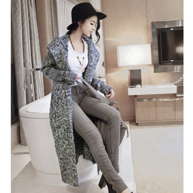 Вязаный свитер с капюшоном женский с доставкой