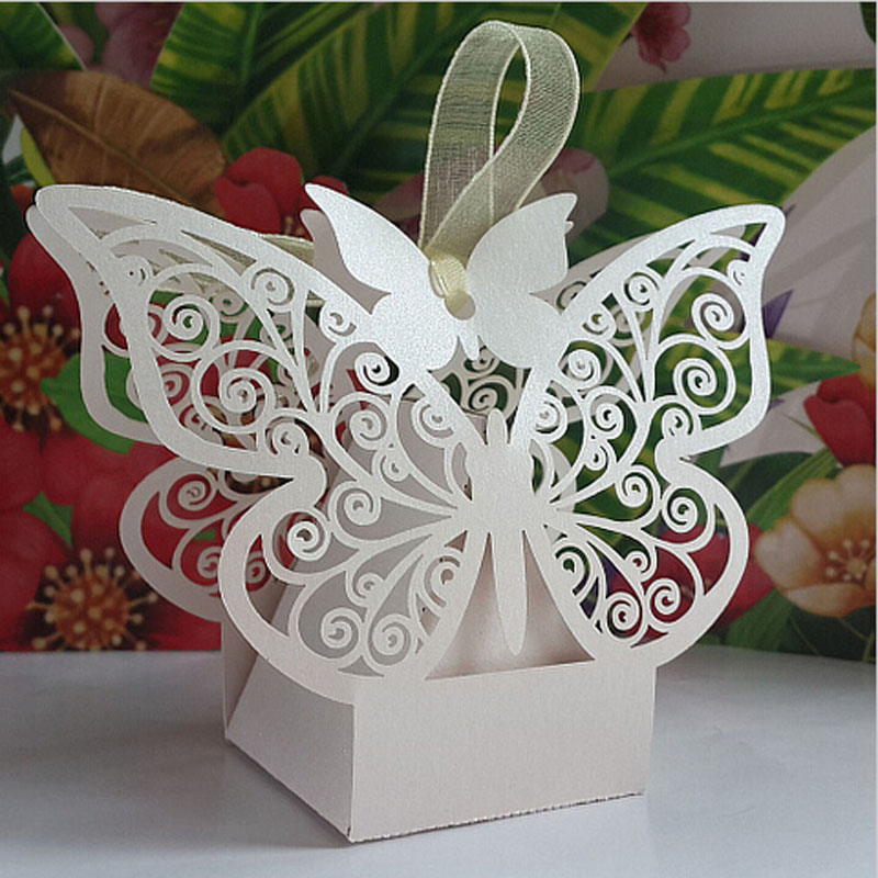 50pcs White Butterfly Wedding Favor Box Candy BoxWedding Favors And GiftsWedding Supplies