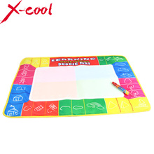 Free shipping XC1325nc 72X49cm 4 clolors Water drawing mat with color box with 1pcs magic pen/aquadoodle drawing mat(China (Mainland))