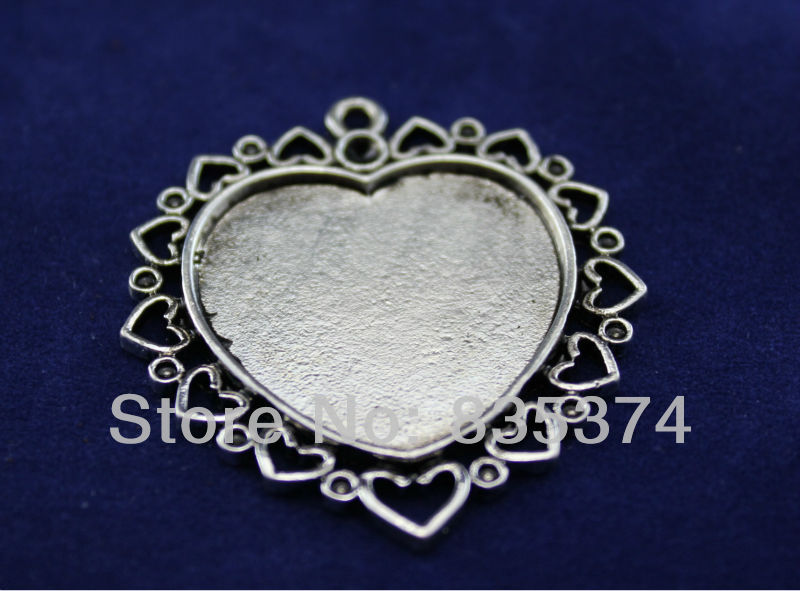Alloy/Metal Antique Silver Lace heart-shaped  Blank Tray Base Cameo Cabochon Bezel Pendant Settings inner hole 25mm