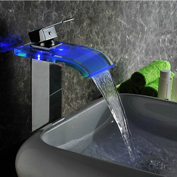 Фотография FREE SHIPPING Solid Brass Chrome Water Tap Basin Faucet Single Hole LED Water Faucet Light LED Faucet torneira banheiro led