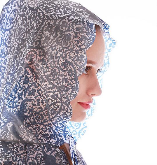 2015 fashion Rainwear Long Lace TPU Transparent Raincoat Women Capa De Chuva,Rain Coat Poncho Trench Chubasquero Mujer(China (Mainland))