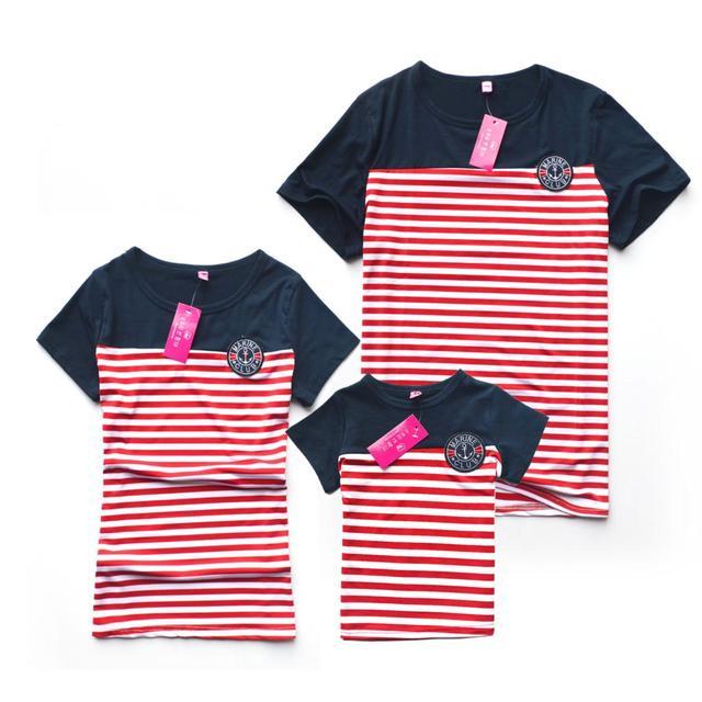2015 лето семья футболки свободного покроя полосатый мать отец ребенка семья взгляд ...