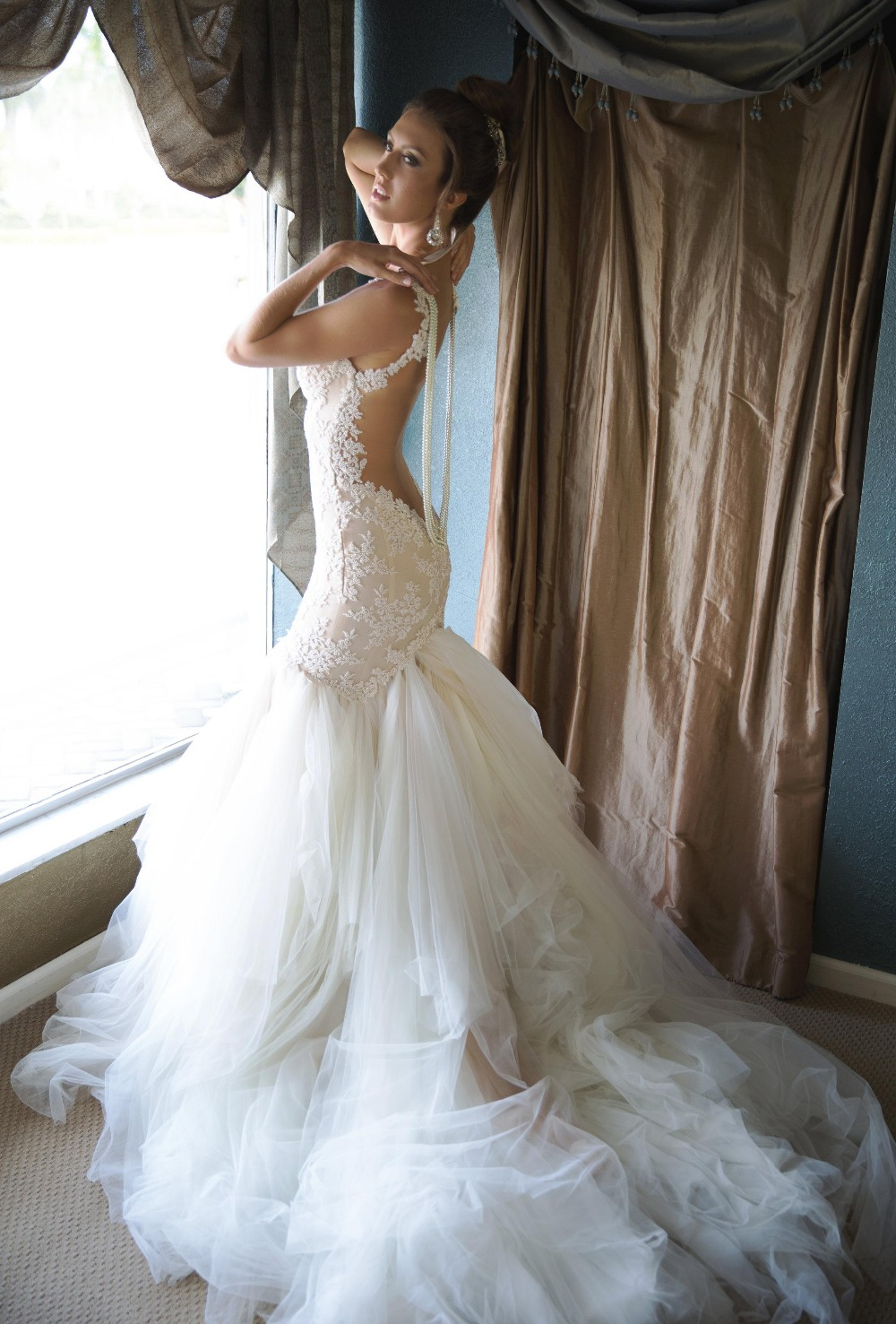 wedding dresses 2016 backless pearls tulle court train bridal gowns