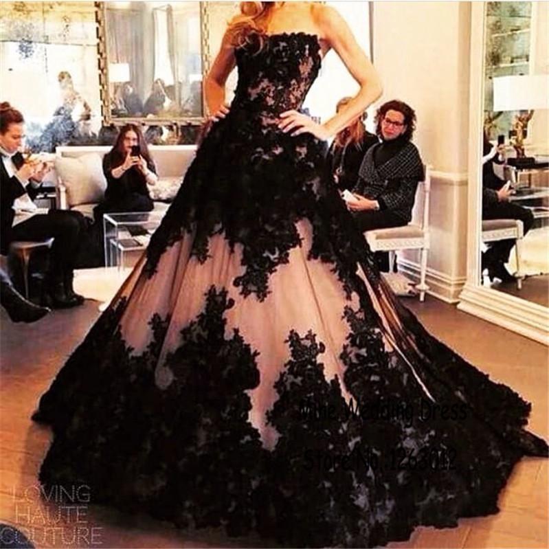 Великолепная черное кружево аппликация и обнаженная тюль без бретелек бальное платье полная длина сильно формальные свадебные платья свадебное платье