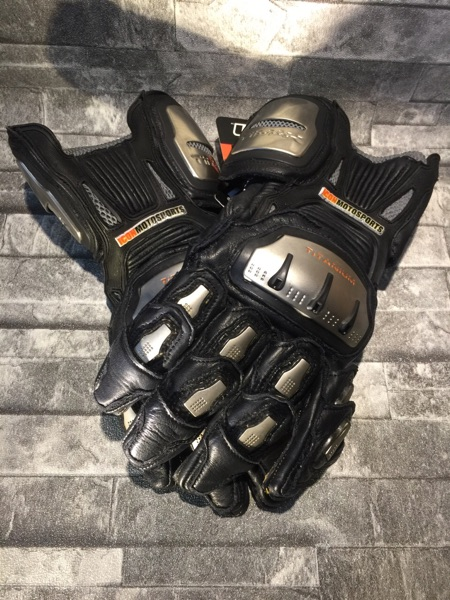 FREE SHIPPING ItMax titanium alloy professional racing gloves long motorcycle gloves ride motorcycle popular brands gloves<br><br>Aliexpress