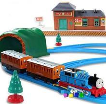 2016 Thomas and friends electric train set railway children toy boy children toy Jugetes Para el nino(China (Mainland))