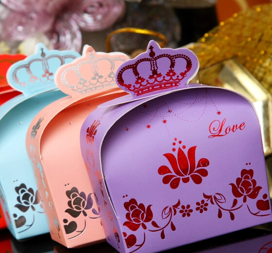200pcs Lovely Crown Design Paper Candy Boxes Gift Boxes Marriage And Birthday Party Favor Boxes Holiday Supplies(China (Mainland))