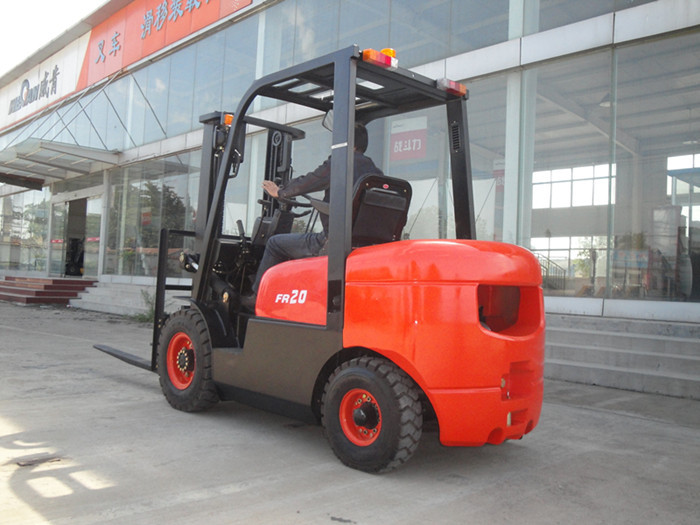Best manufacturer Diesel Powered Forklift Truck CPCD20FR(China (Mainland))
