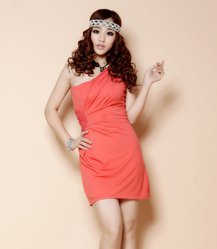 2013 one shoulder noble ladies beads dress high waist slim oblique slim hip club dress sexy nightwear 2