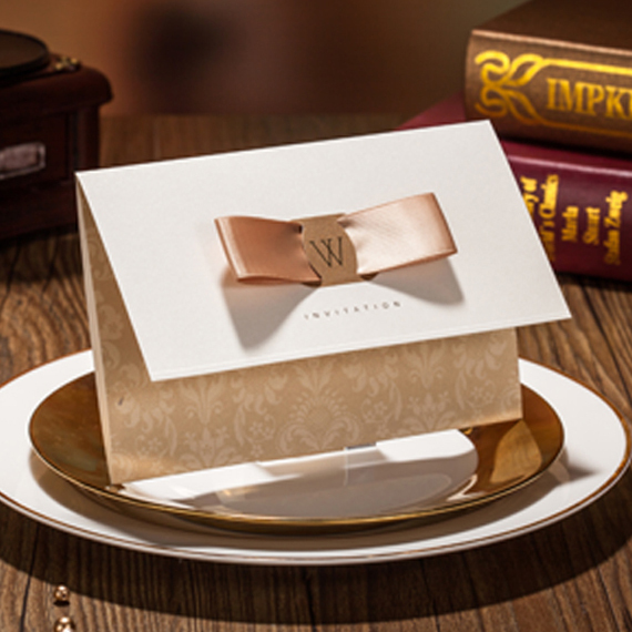 Marvelous Light Champagne Golden Free Personalized Customized Printing Wedding Invitations Cards 50pcs lot Free Shipping