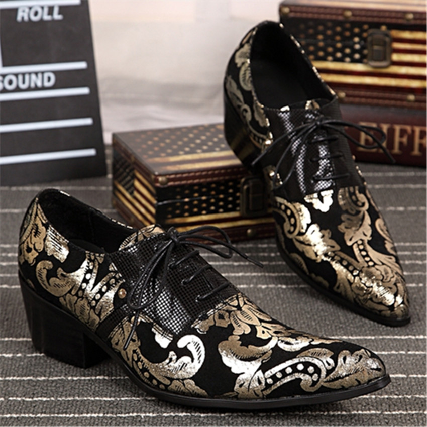 Фотография Fashion Gold Pointed Toe Mens Wedding Dress Shoes Flower Print Real Leather Men Business Leather Shoes Creepers Lace Up Flats