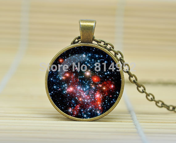 1pcs MILKY WAY Pendant Necklace Galaxy Blue Red GreenTurquoise White Silver Jewelry Necklace Glass Cabochon Necklace A1165(China (Mainland))