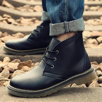 Platforms Man Outdoor Boots England Style Men's Shoes Fashion Round Toe Martin Man Waterproof Boots 82