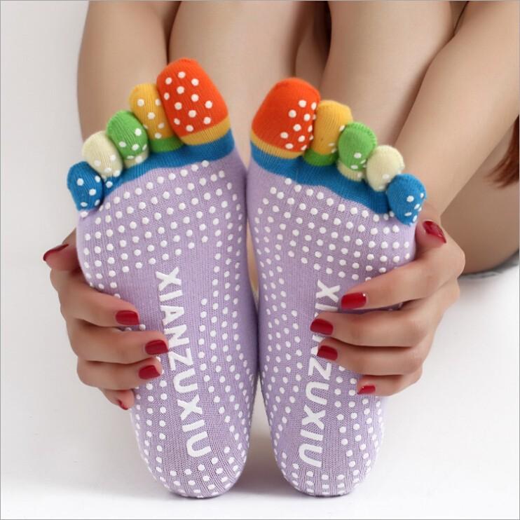 не скольжению зимой красочный ног носки пять пальцев хлопчатобумажные носки женщин спортивная практика йога носки 6 цветов бесплатно размер