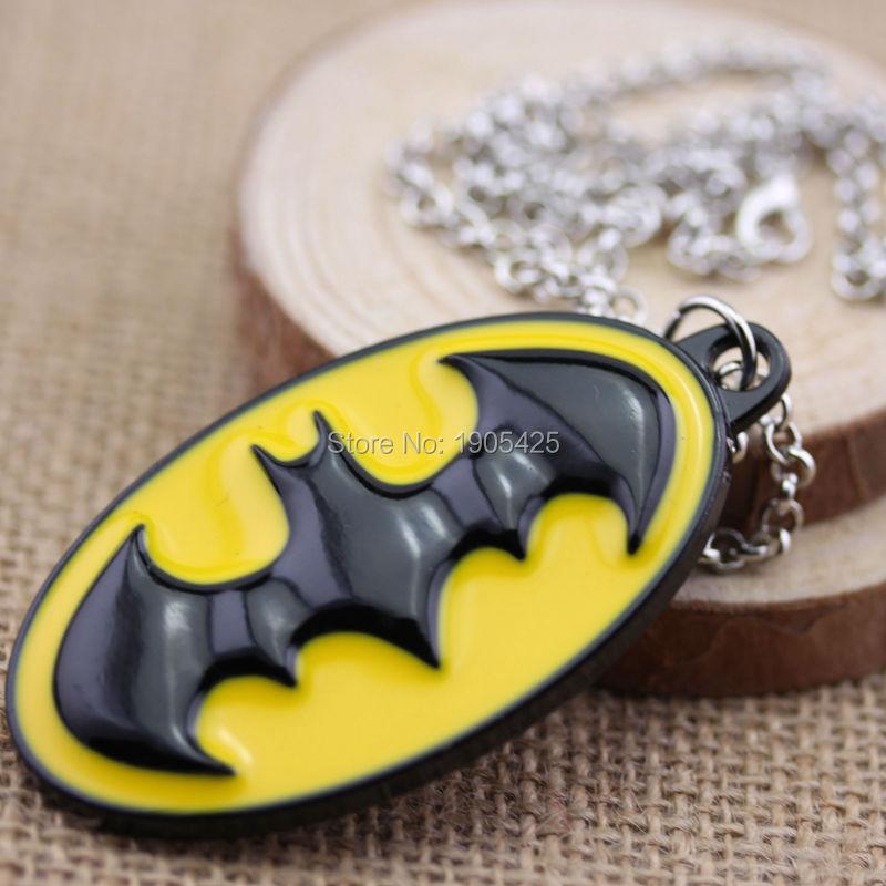 Movie Series Hot Sale Accessories DC Comics Superhero Batman Bat Logo Antique Bronze Plated Pendant Necklace(China (Mainland))