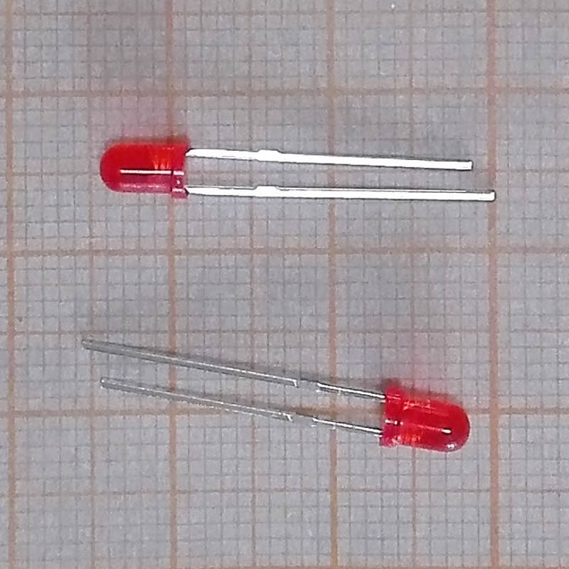 50030 Free shipping 100pcs Red light-emitting diodes Red turn Red 3mm led(China (Mainland))