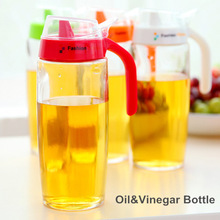 2 pcs/Lot Glass oil vinegar bottle Oiler Sauce Seasoning pot container Spice jar Kitchen cooking tools Novelty households 8704(China (Mainland))