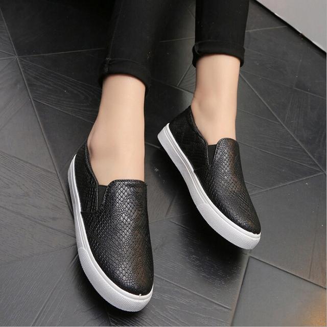 Весна и осень новый 2016 женская обувь серпантин поверхности женщины плоским скольжения по высшему мода Bost обувь удобные мокасины