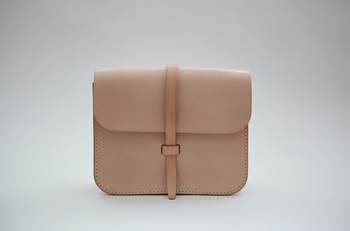 Women's Nude Leather Clutch