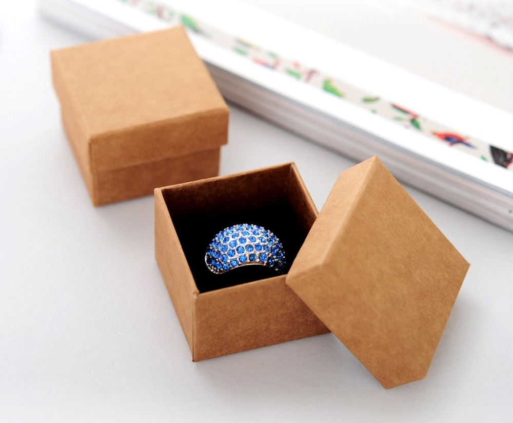 21 Beautiful & Functional DIY Jewelry Boxes