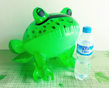 Large inflatable toys Inflatable big frog Plastic inflatable toy animals PVC inflatable frog toys(China (Mainland))