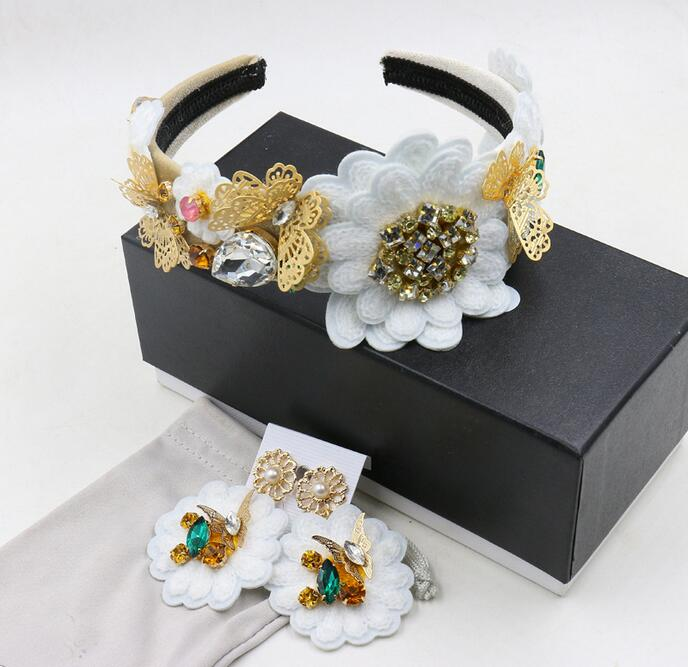 2016 New Fashion Crystal Butterfly Bling Bling Gemstone crown jewel with a retro flower hair headband statement(China (Mainland))