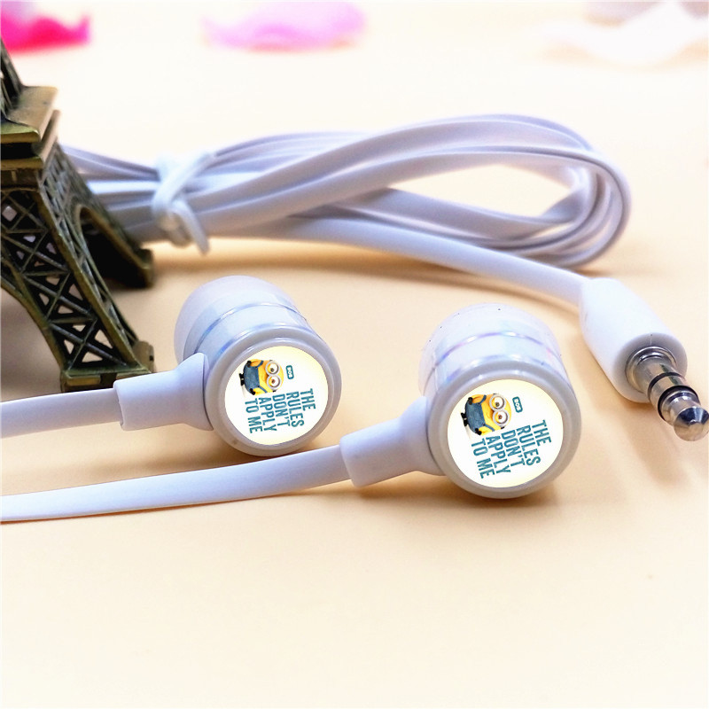Cartoon Despicable Me Cute Minions In-ear Earphones 3.5mm Stereo Earbuds Phone Music Game Headsets for Iphone Samsung MP3 Player