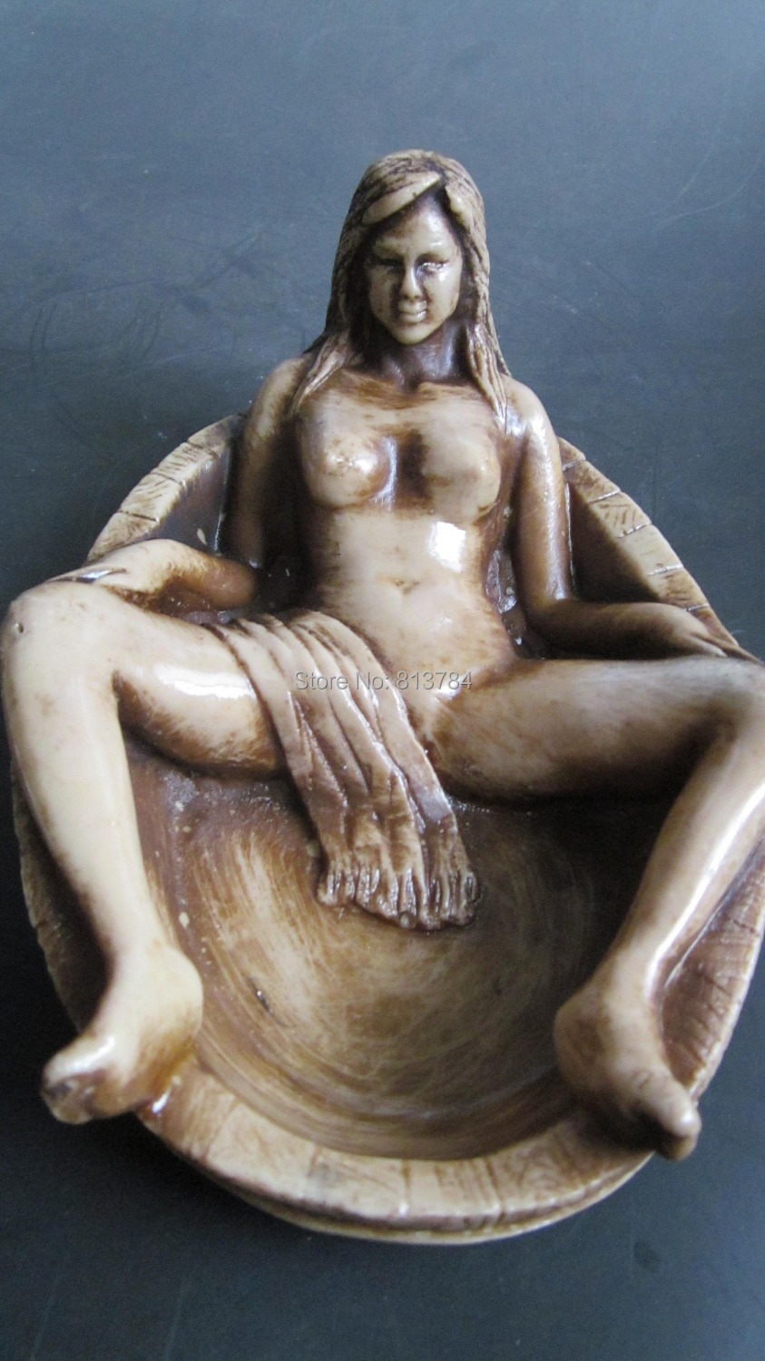 Can not Women having sex with statue