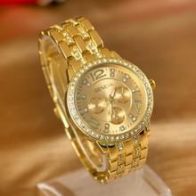 Ginebra falsa ojos de tres aleación ginebra gauge diamante para mujer del reloj dorado venta al por mayor