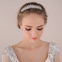 2017 New fashion Luxury crystal princess hair comb tiaras Shiny Silver crown for bride Wedding hair accessories wholesale