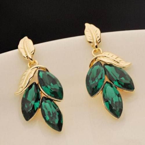Nice Fashion Earrings Vintage Gold Plated Green Crystal Leaf Earrings Ear Drop for women Fke035(China (Mainland))