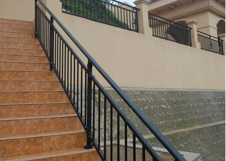 Roof terrace balcony fence security windows and protective for Terrace fence