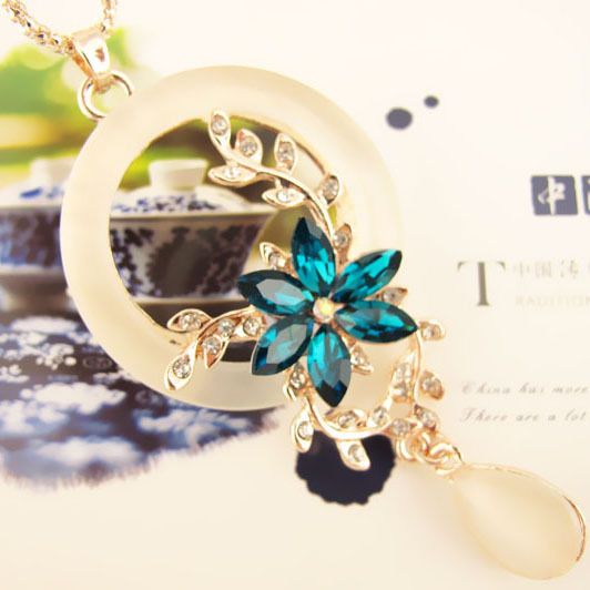 New Retailing Min.order is $15 (mix order) FC - PA101 - sweater necklace - opal blue tassel flower(China (Mainland))