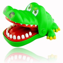 Crocodile Mouth Dentist Bite Finger Game Funny Toy Child Kids Party Favors EN1327(China (Mainland))