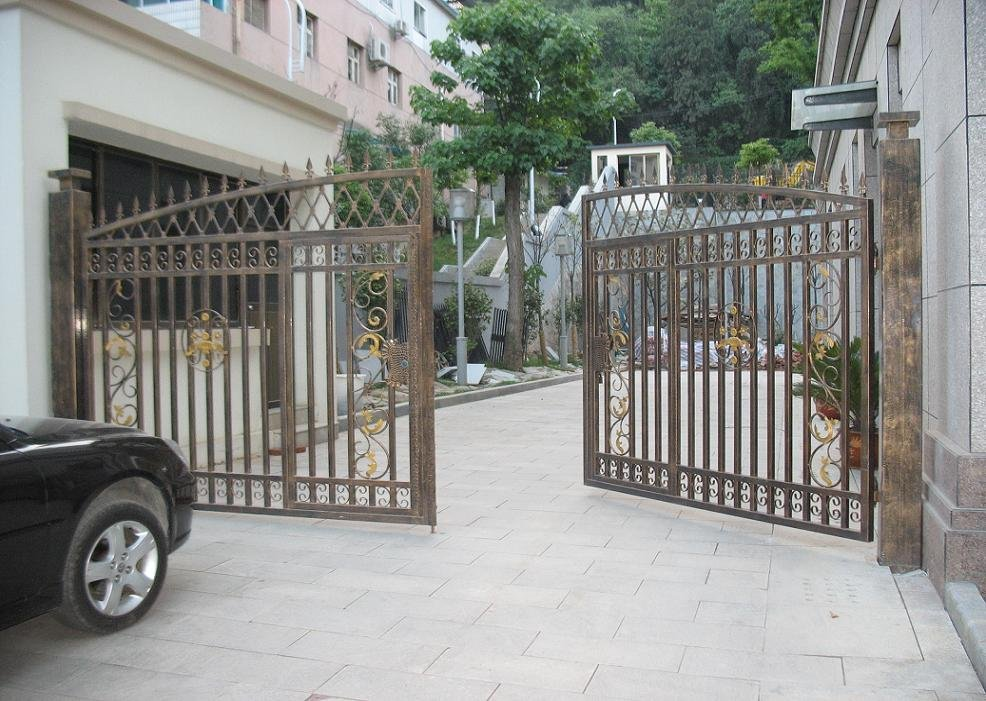 Jx t design swing gate in fencing trellis gates from