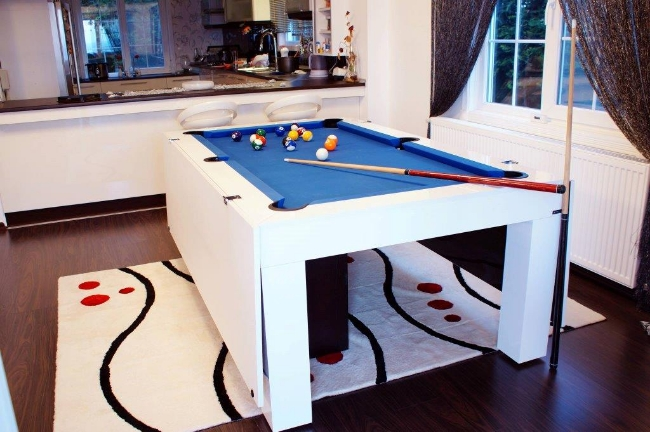 Villa with upscale billiard table(China (Mainland))